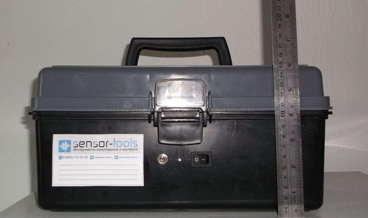 Автономный онлайн GPRS регистратор температуры для термофургона. Компактные размеры - 15 см в в высоту.