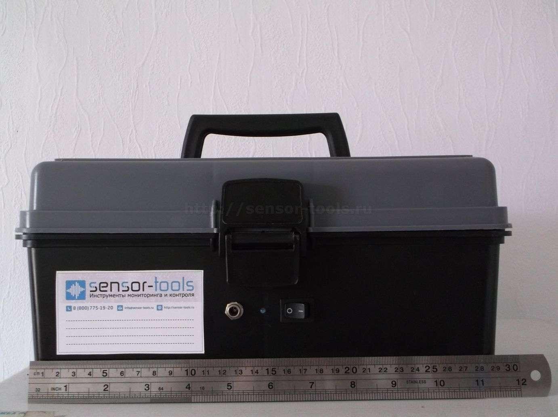 Автономный онлайн GPRS регистратор температуры для термофургона. Компактные размеры - 30 см в в длину.